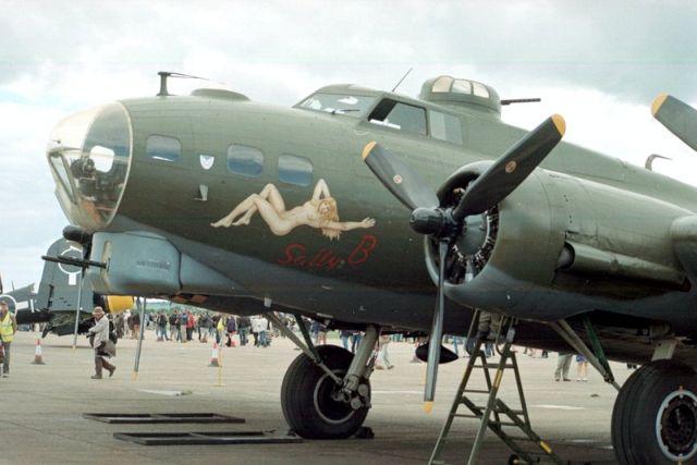 Aerei Da Caccia Americani Seconda Guerra Mondiale : Amc the flying legend